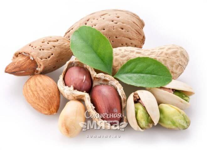 Арахис и фисташки с витамином B3, фото