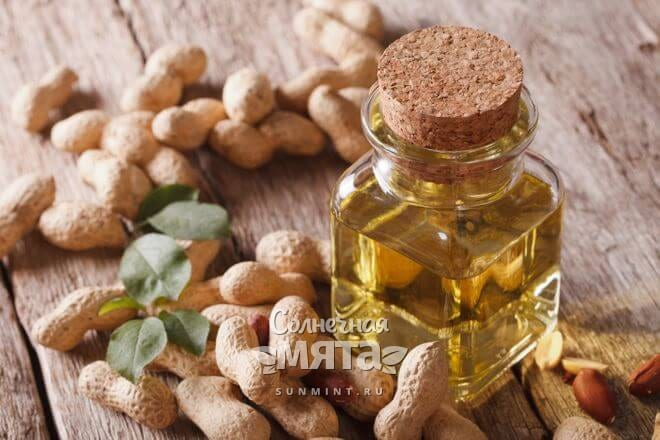 Из арахиса давят ценное масло