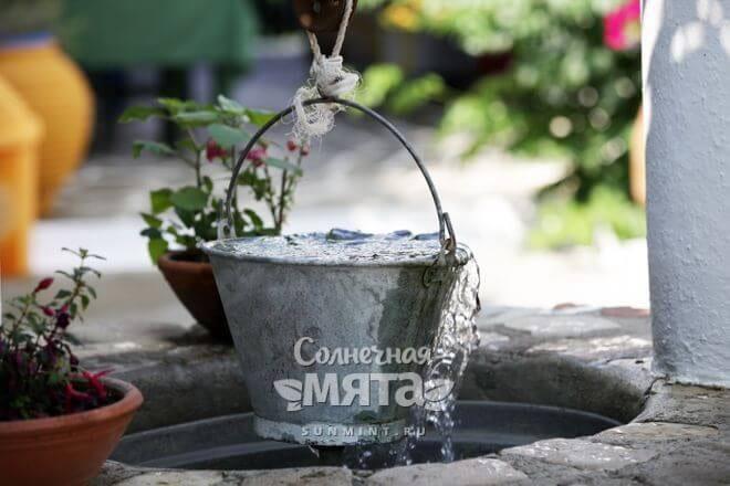 Ведро воды из колодца, фото