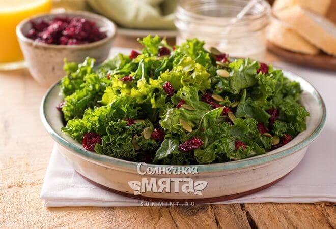 Салат едят в салатах