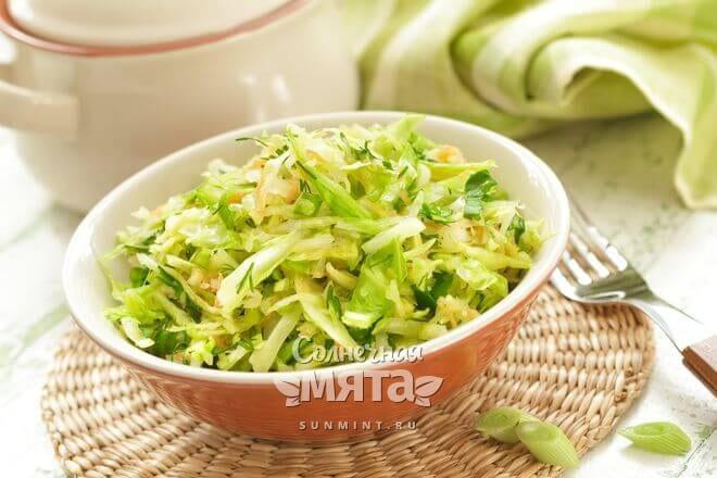 Салат из капусты очень полезен