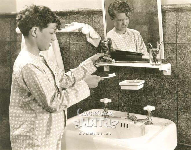 Мальчик не хочет чистить зубы, фото